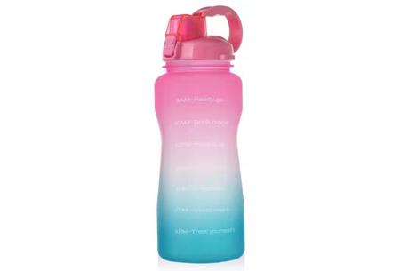 Bidon   Drinkfles van 2 liter met tekst - in 8 kleuren  Roze/groen