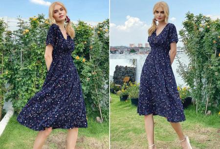Lovely Floral jurk   Prachtige bloemenjurk voor dames Donkerblauw