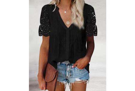 Broderie blouse voor dames | Prachtige linnenlook blouse met opengewerkte korte mouwen Zwart