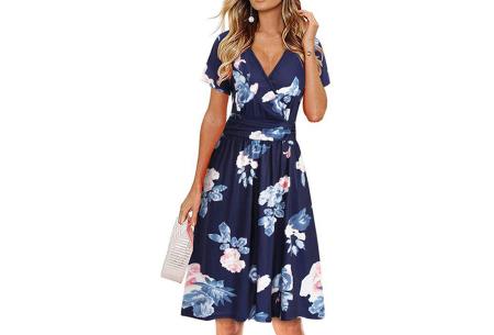 Printed zomerjurk   Luchtige getailleerde V-hals jurk - in 12 prints #L